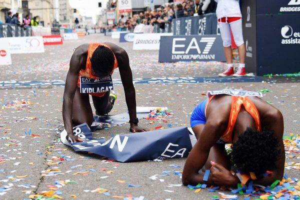 Gian Mattia D'Alberto / lapresse08-04-2018 MilanosportMilano Marathonnella foto:  KABUU WANGUI LUCY KEN, vincitrice, KIPLAGAT JERONO VIVIAN KEN, secondaGian Mattia D'Alberto / lapresse2018-04-08 MilanMilano Marathonin the photo:  KABUU WANGUI LUCY KEN,, the winner, KIPLAGAT JERONO VIVIAN KEN, the second